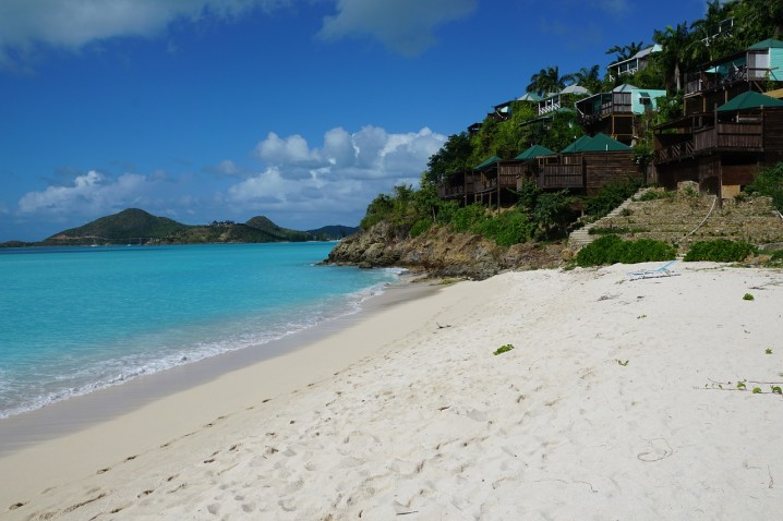 viaggio-nozze-caraibi-antigua-spiagge
