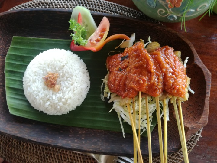 Satay bali food