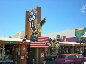 california-on-the-road route 66 Seligman sul set di Cars