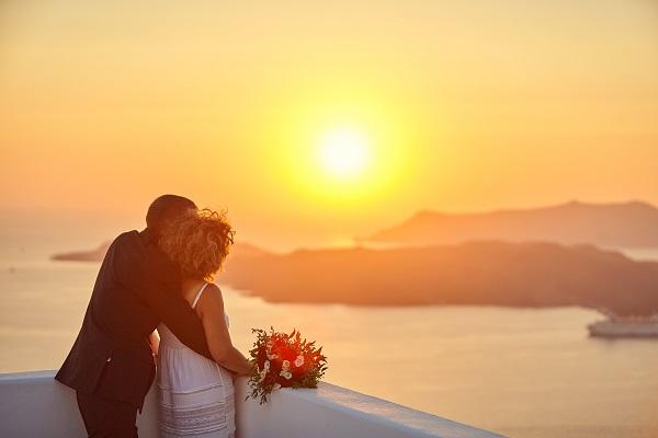 sposarsi-santorini-come-organizzare-cerimonia-dove