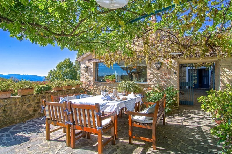 case-vacanze-ville-affitto-campagna-umbria-estate
